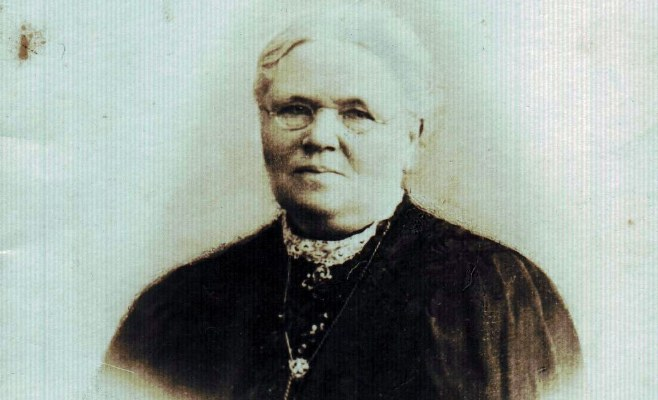 ELENA MURRAY
