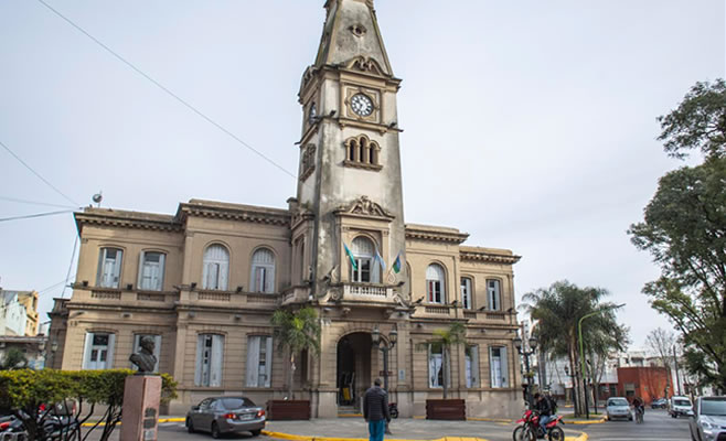 http://www.enlacecritico.com/wp-content/uploads/2018/07/Municipalidad-Campana.jpg