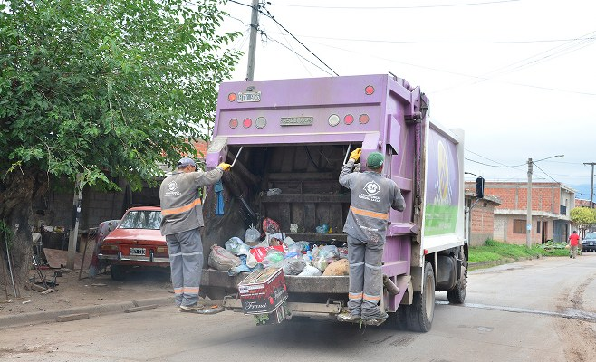 https://www.enlacecritico.com/wp-content/uploads/2019/03/camion-de-agrotecnica-fueguina-6-1_658x400.jpg