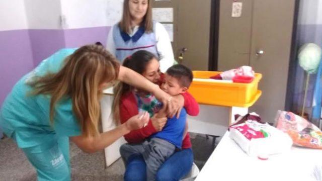 http://www.enlacecritico.com/wp-content/uploads/2019/12/Vacuna-640x360.jpg