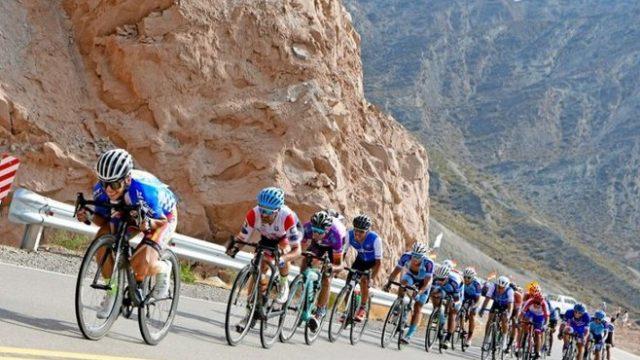 http://www.enlacecritico.com/wp-content/uploads/2020/01/ciclismo-Giro-del-Sol-ultima-etapa-800x445_658x400-640x360.jpg