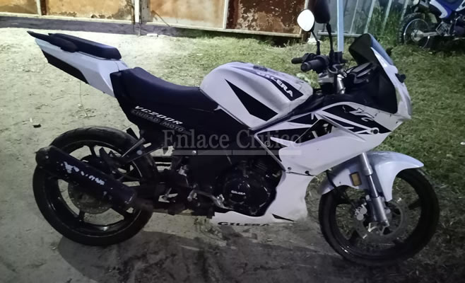 Dos delincuentes detenidos por intentar robar motos del depósito judicial de Zárate