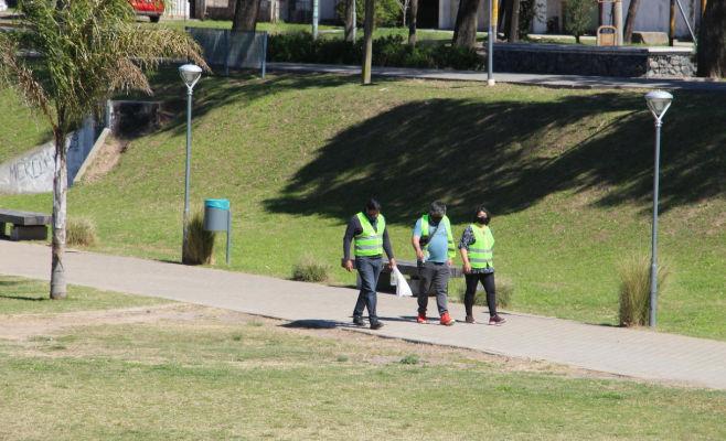 El Municipio de Zárate efectuó controles para evitar reuniones en espacios públicos por el Día de la Primavera